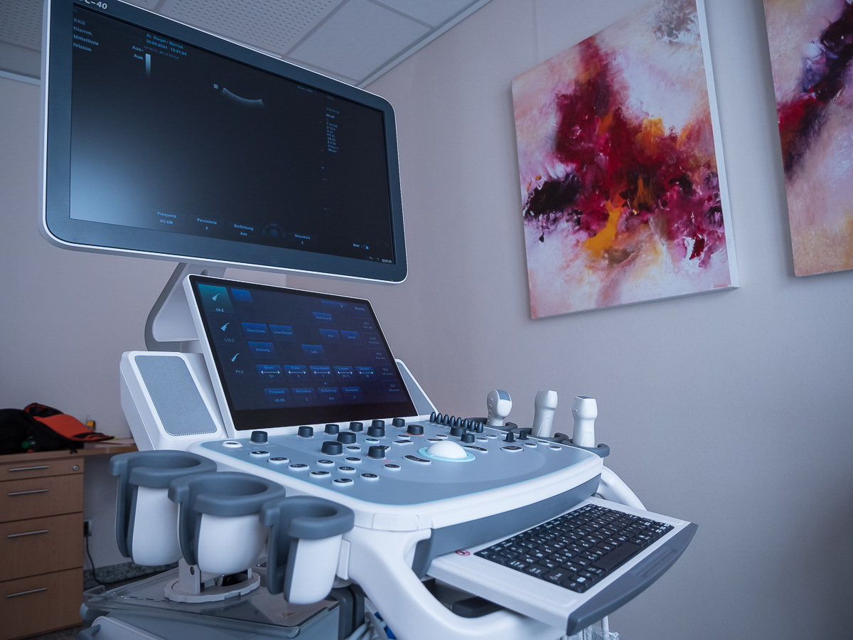 dr-thomas-riegel - unser neues ultraschallgerät