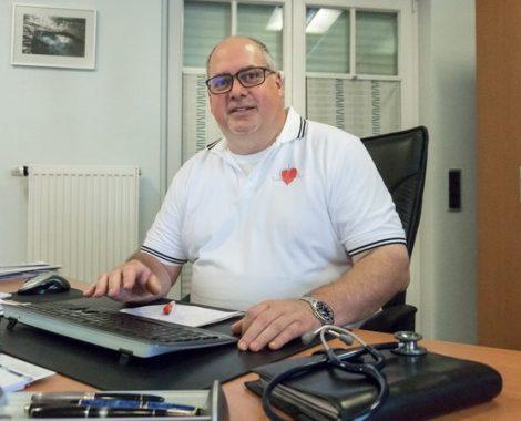 Dr. med. Thomas Riegel - Maintal - Internist mit Hausarztversorgung - Team
